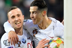 Portugal seal Euro 2020 spot, Ronaldo on brink