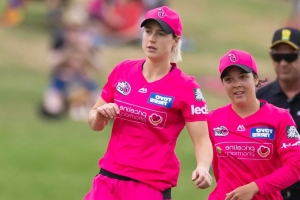 Ellyse Perry cleared of serious injury, set to be available for Australia's T20 World Cup campaign