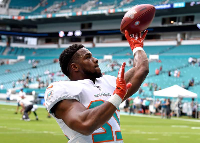 Sport Mark Walton Waived By Dolphins In Wake Of Suspension