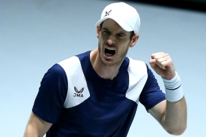 Murray back from the brink at Davis Cup