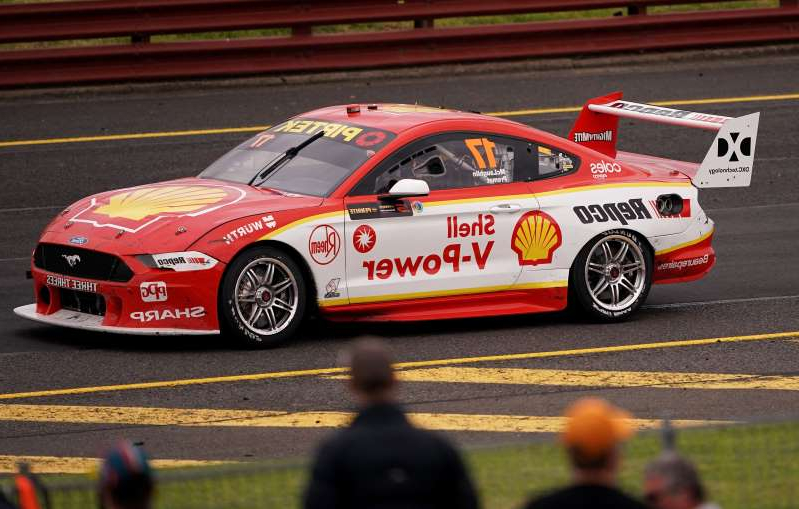 Recent crashes involving Supercars champion Scott McLaughlin and Totoya 86 driver John Iafolla have raised safety concerns before the season's Newcastle finale.