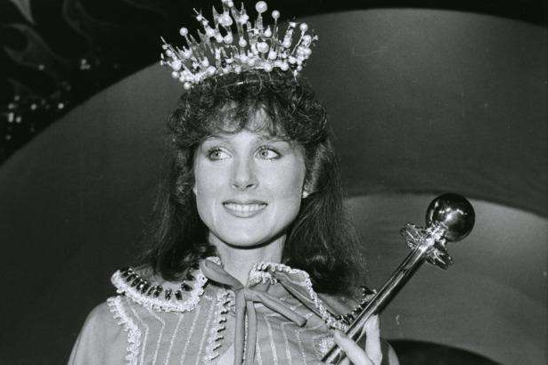 a person posing for the camera: Simone Semmens was 23 when she was crowned Miss Victorian Grocery Industry for 1985.