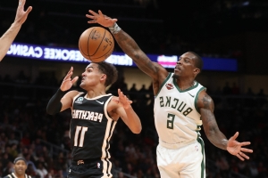 Bucks 135, Hawks 127: Snapping out of their funk after the break