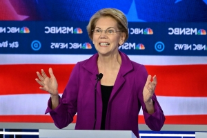 Warren doubles down on pledge to not to give diplomatic posts to donors