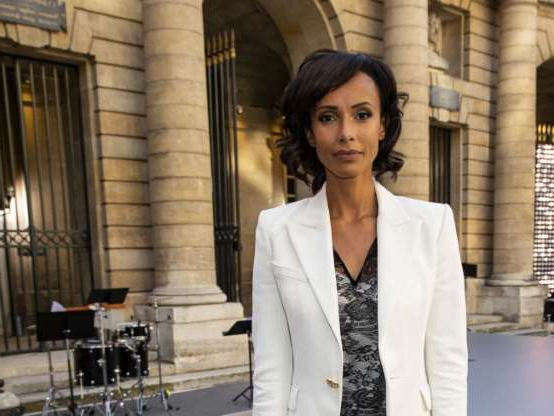 Diapositive 4 sur 9: Sonia Rolland - Les people au défilé L'Oréal Paris 2019 à la Monnaie de Paris le 28 septembre 2019 pendant la fashion week. © Olivier Borde / Bestimage
