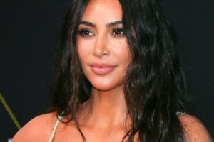 Kim Kardashian reveals if she's wearing the diamond ring that was stolen in Paris