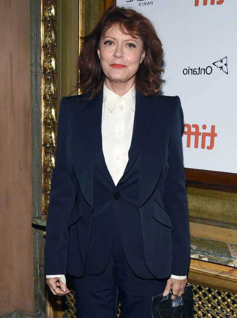Susan Sarandon wearing a suit and tie