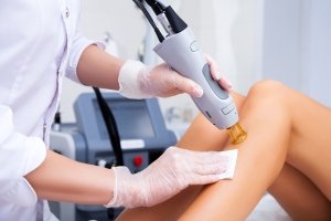 Strict rules needed in Canada to curb laser hair removal injuries, dermatologist says