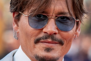 Johnny Depp Settles Fee Dispute With Ex-Lawyers