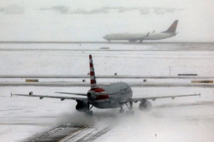 Hundreds of flights cancelled at Denver International Airport
