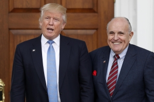 Trump distances himself from Giuliani's Ukraine efforts