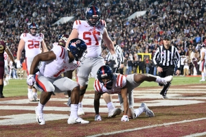 Elijah Moore's penalty for urinating-dog celebration costs Ole Miss vs. Mississippi State in Egg Bowl