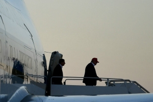 Trump returns to Florida after whirlwind Afghanistan trip