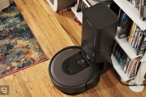 Engadget readers can save on iRobot Roomba i7 vacuums