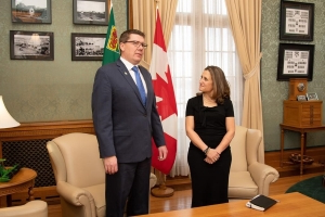 Fiscal stabilization reforms to be a focus of Freeland-premiers meeting: Moe