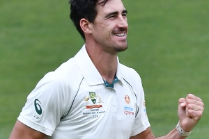 Mitchell Starc king of the pink ball again