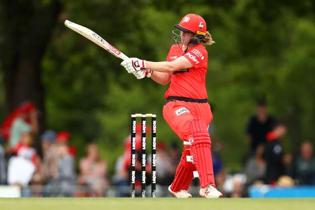 Slide 38 of 50: BALLARAT, AUSTRALIA - NOVEMBER 23: Anna Lanning of the Renegades  bats during the Women's Big Bash League match between the Melbourne Renegades and the Melbourne Stars at Eastern Park on November 23, 2019 in Ballarat, Australia. (Photo by Kelly Defina/Getty Images)