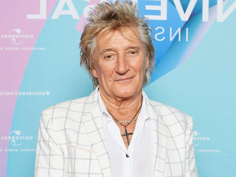 Rod Stewart posing for the camera