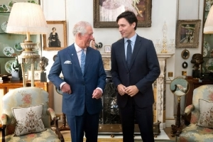 Trudeau meets with Prince Charles ahead of date with Trump on NATO sidelines