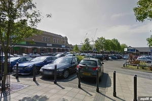 Robbery gang beat up jewellery salesman working for Le Vian and snatched gems worth £4.1 MILLION in car park heist, court hears