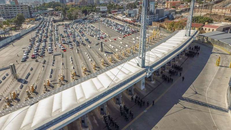U.S. Customs and Border Protection personnel along with DOD personnel secure the San Ysidro Port of Entry at the border of California and Mexico, Nov. 25, 2018.