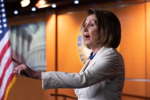 'Don't mess with me.' Pelosi slams reporter for asking if she 'hates the president'