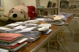 Woman collects, sends more than 160,000 holiday cards to troops in US, overseas