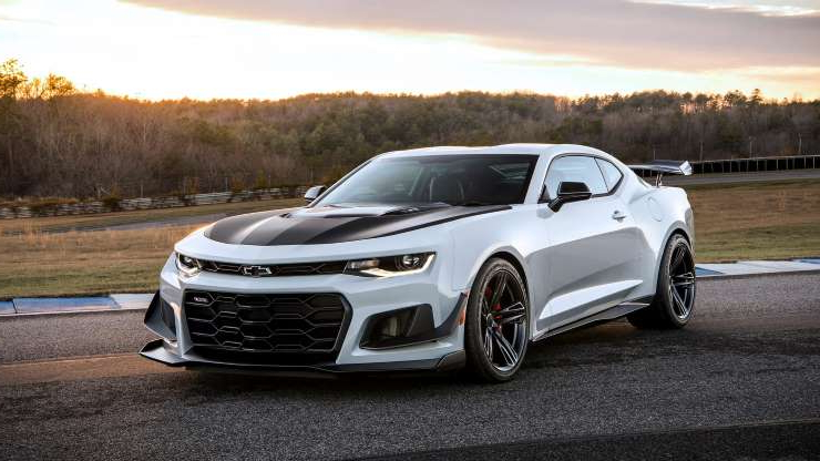 Slide 1 of 24: 2019-Chevrolet-Camaro-ZL1-1LE-018.jpg