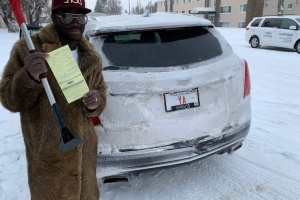 Driver gets $155 ticket for licence plate covered with snow