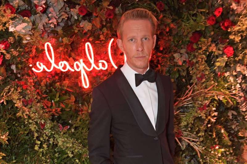 Laurence Fox wearing a suit and tie: LONDON, ENGLAND - NOVEMBER 18:  Laurence Fox attends the Walpole British Luxury Awards 2019 at The Dorchester on November 18, 2019 in London, England. (Photo by David M. Benett/Dave Benett/Getty Images for Walpole)