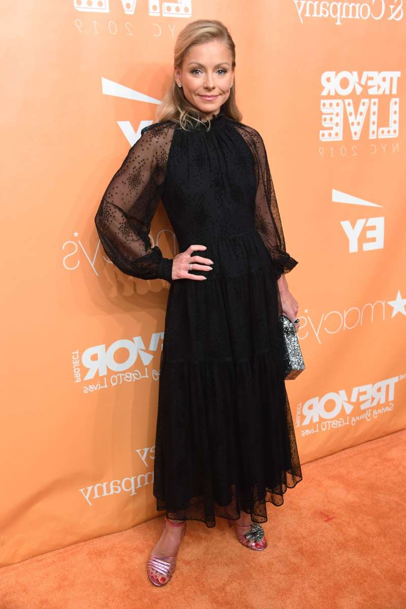 Kelly Ripa wearing a black dress: Kelly Ripa attends The Trevor Project's TrevorLIVE Gala in New York City on June 17, 2019.