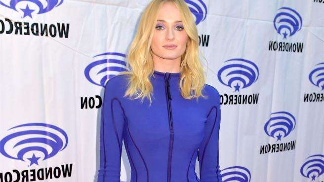 Sophie Turner posing for the camera: 'Game of Thrones' star Sophie Turner would love to join the 'Lizzie McGuire' revival as the ''new Miranda'' when the show returns from its break.