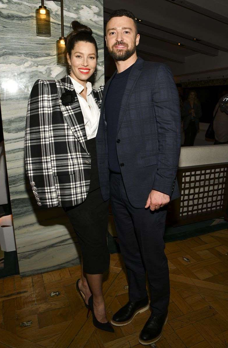 Justin Timberlake, Jessica Biel are posing for a picture: Justin Timberlake and Jessica Biel at Sinner premiere