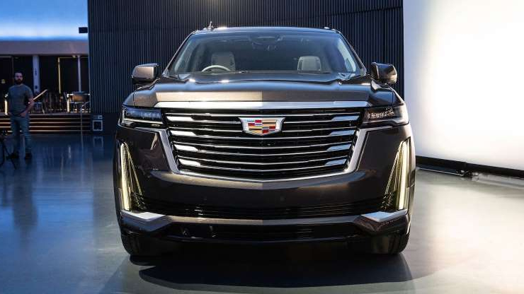 Slide 1 of 109: 2021-Cadillac-Escalade-60.jpg