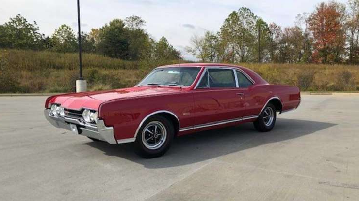 Slide 1 of 8: Go Fast In This Beautiful First-Gen 1967 Oldsmobile 442