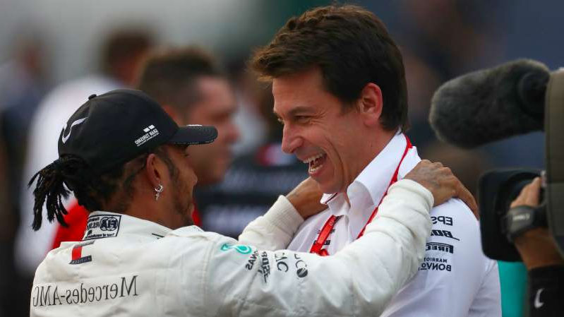 Toto Wolff wearing a uniform: Toto Wolff and Lewis Hamilton face key talks