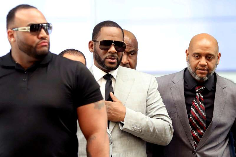R. Kelly wearing a suit and tie: FILE PHOTO: R. Kelly at the Criminal Court Building in Chicago