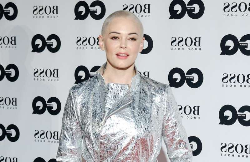 Rose McGowan with collar shirt