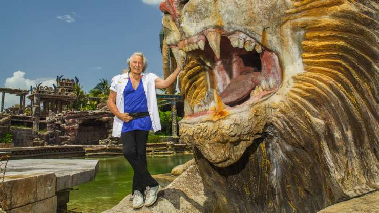 a statue of Peter Nygard: The fashion executive Peter Nygard has been accused of rape, the latest in a battle between two rich men in a small developing nation.