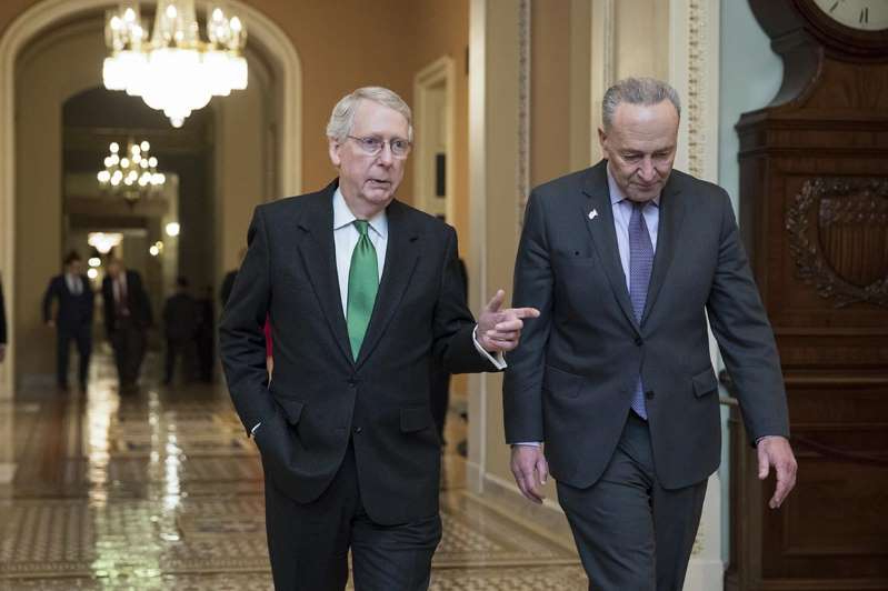 Chuck Schumer, Mitch McConnell are posing for a picture: Senate Minority Leader Chuck Schumer (left) and Senate Majority Leader Mitch McConnell managed to get a unanimous vote.