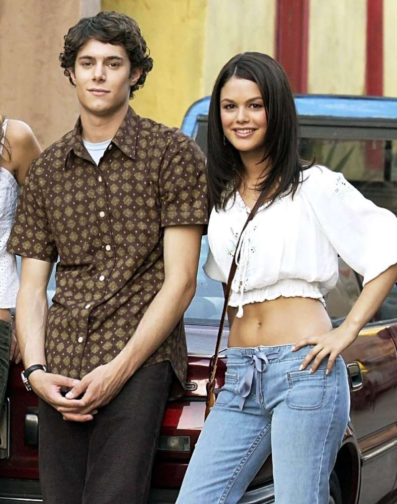 Rachel Bilson, Adam Brody that are standing in a room: Rachel Bilson Says Sorry to Fans for Adam Brody Split