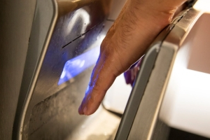 Doctor's warning: Turn off hand dryers to prevent spread of COVID-19