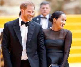 Meghan Markle, Prince Harry are posing for a picture: Harry and Meghan have thanked their followers for