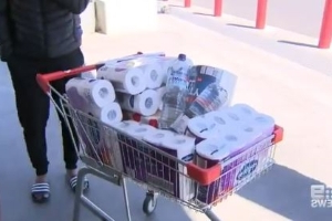 Adelaide man approaches supermarkets after hoarding 5,400 rolls of toilet paper