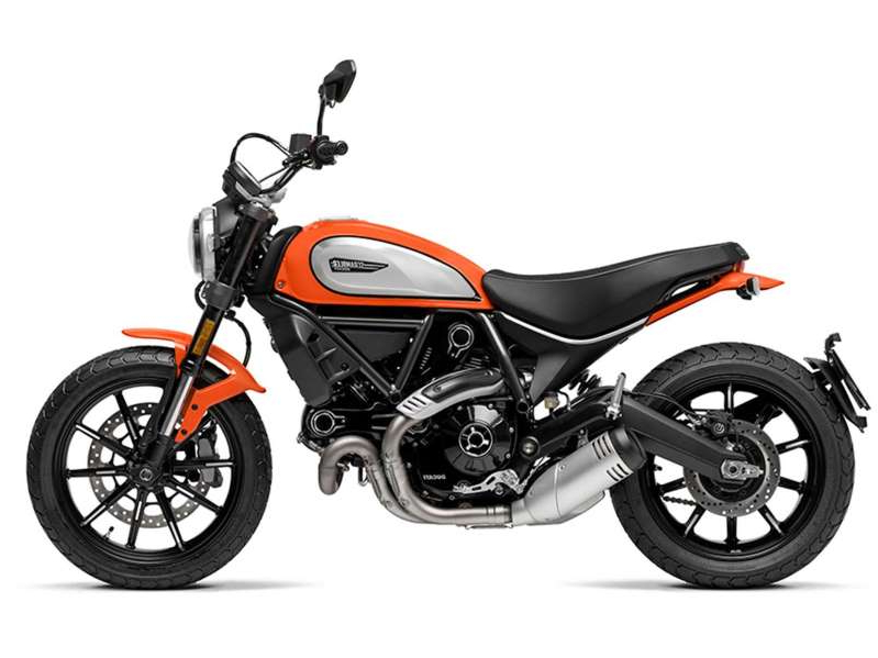 a motorcycle parked on the side: 2020 Ducati Scrambler Icon