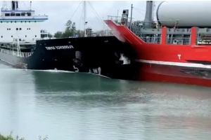 Officials investigating after 'rare' collision between ships in Welland Canal