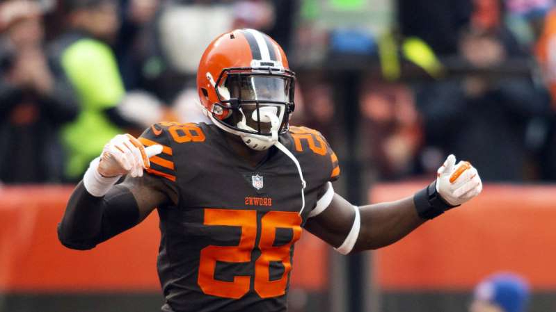 a close up of a baseball player wearing a helmet: David Njoku played in only four games for Cleveland last season, catching just five passes in an injury-marred season.