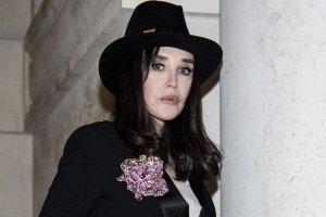 Isabelle Adjani mourns her friend Hala Tayah, disappeared in Beirut