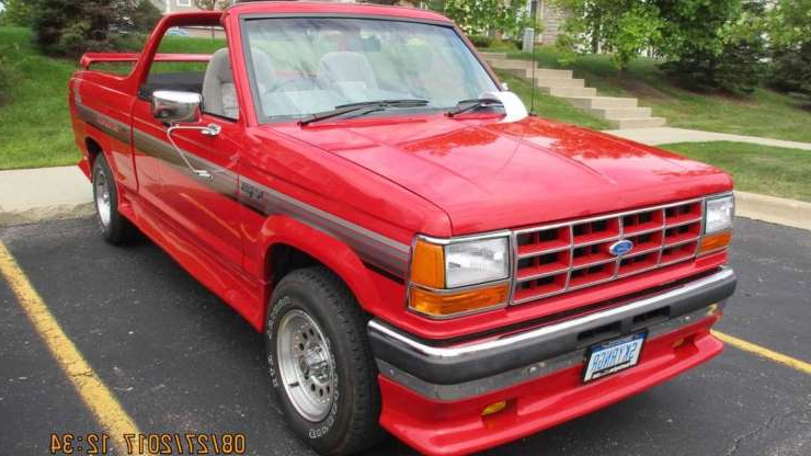 Slide 1 of 4: 1991 Ford SkyRanger Convertible Closeup Front