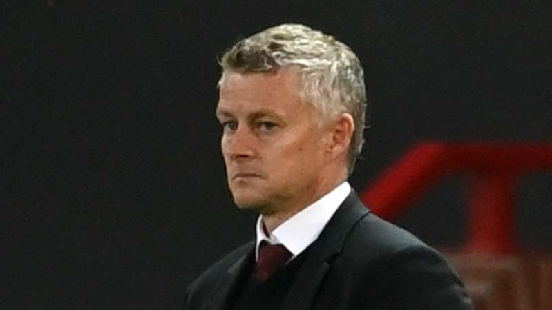 Ole Gunnar Solskjaer wearing a suit and tie: Ole Gunnar Solskjaer watches Manchester United lose to Crystal Palace